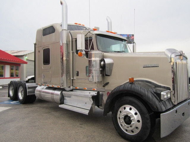 best trucks sleeper kenworth used for big truck resource peterbilt sale semi bunk