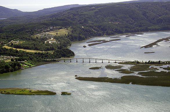 Puente Cruces