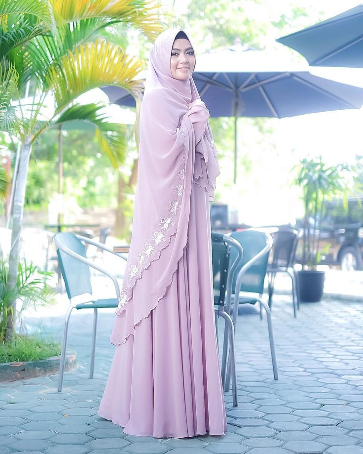 "1,297 Likes, 72 Comments - Bunda Dea (@_deanara_) on Instagram: ""Bismillahirrohmanirrohim .  فَمَنْ يَعْمَلْ مِثْقَالَ ذَرَّةٍ خَيْرًا يَرَهُ. وَمَنْ يَعْمَلْ…"""