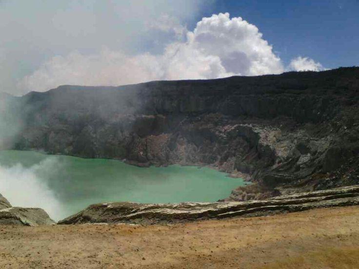 Kawah ijen, banyuwangi. 11-8-2013