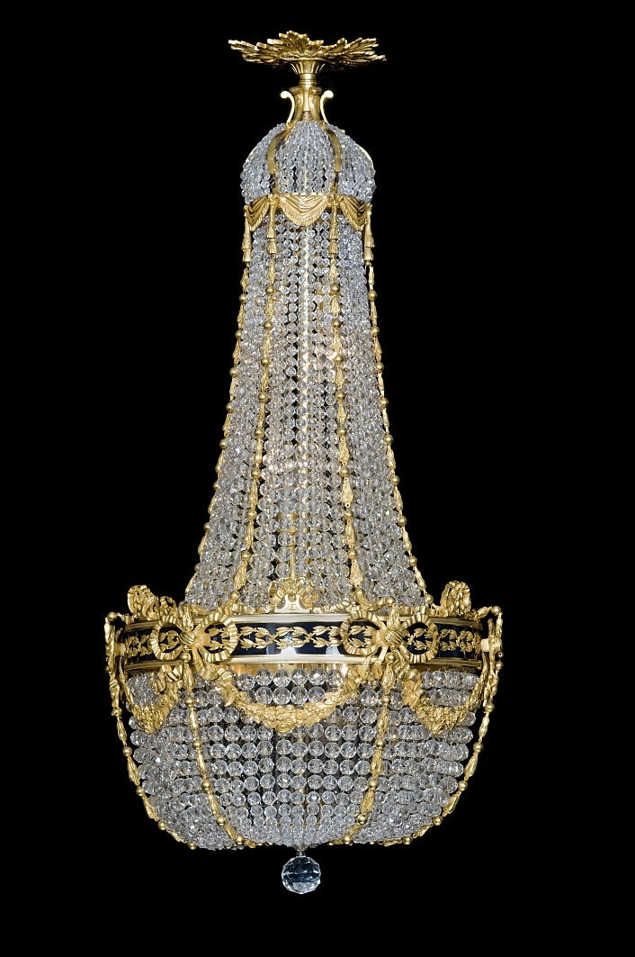 252 best Chandeliers images on Pinterest | Antique chandelier ...