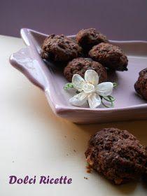 Biscotti allo yogurt,cacao e scaglie di cioccolato