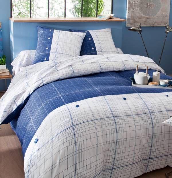 Aquablue, une collection de linge de lit géométrique et contemporaine, pour elle et lui en parfaite harmonie. Exclusivité Françoise Saget.  #harmonie #bleublanc #decochambre #francoisesaget