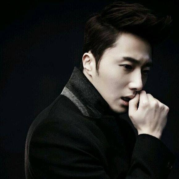 Jung Ilwoo's NEW Weibo profile photo