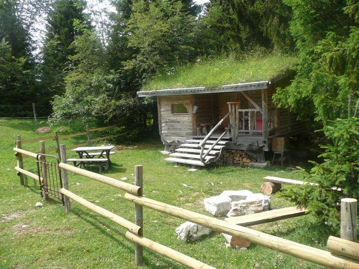 Les Loges du Coinchet à La Pesse, c'est un peu la petite maison dans la prairie | Hautes-Combes, Jura, France | #JuraTourisme
