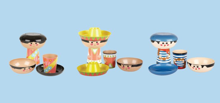 Disney's 'It's A Small World' stacking meal sets sets for children. #design #graphicdesign #branding #productdesign #innovativehousewares #homeware #lifestyledesign #designforchildren #disney
