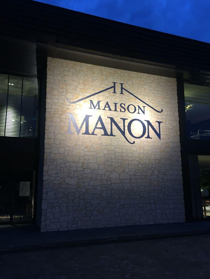 MaisonManon, ook de buiten verlichting zit op z'n plek.