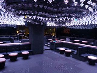 Using interior designs by the world famous Grapes Design, Fitz Impressions were in charge of manufacturing and installing VIP upholstered nightclub furniture and seating which would complement the elegant character of the Jalouse Nightclub, London.