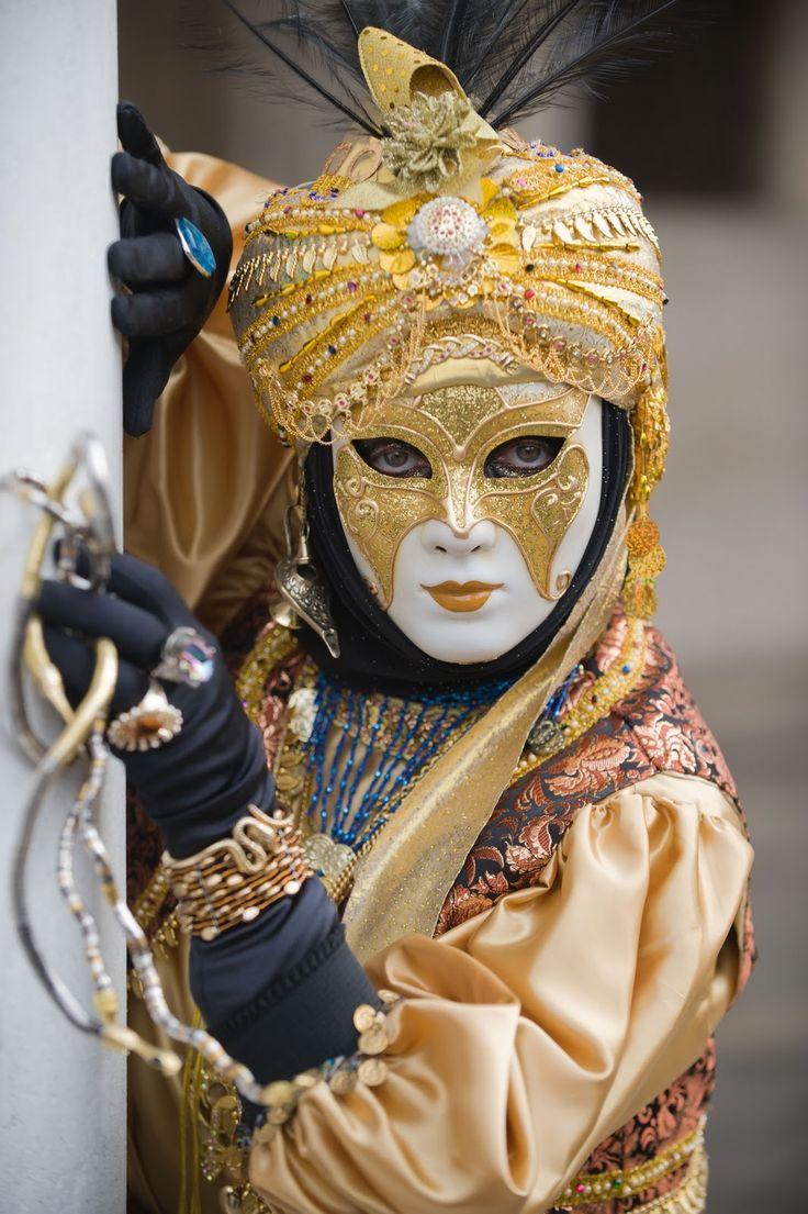 carnaval de venise venice carnival masks pinterest. Black Bedroom Furniture Sets. Home Design Ideas