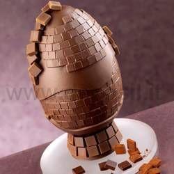 Stampo per realizzare uovo in cioccolato con mosaico.  Uovo di Pasqua. www.decosil.it