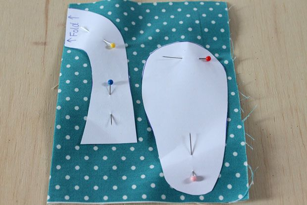 Baby-Shoes-Cut-Pattern