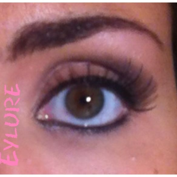 Eylure False Lashes see more here http://ritatalks.wordpress.com/2013/11/16/eylure-ciglia-finte-false-lashes/