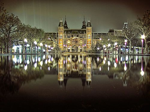 Hermoso: Rijksmuseum Amsterdam, Amsterdam Rijksmuseum, Amsterdam Travel, Reflection Photography, Art & Crafts, The Netherlands, Rijk Museums, National Galleries, Museums Amsterdam