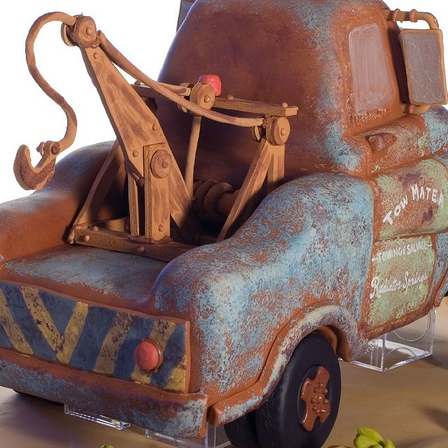 Tow Mater Cake by studiocake, via Flickr