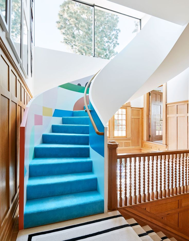 Inside Architect Chet Callahan's Spirited Revamp of his Historic Los Angeles home   Architectural Digest Stairs Architecture, Architecture Details, Rietveld Chair, Interior Decorating, Interior Design, Decorating Ideas, Interior Stairs, Los Angeles Homes, Entry Foyer