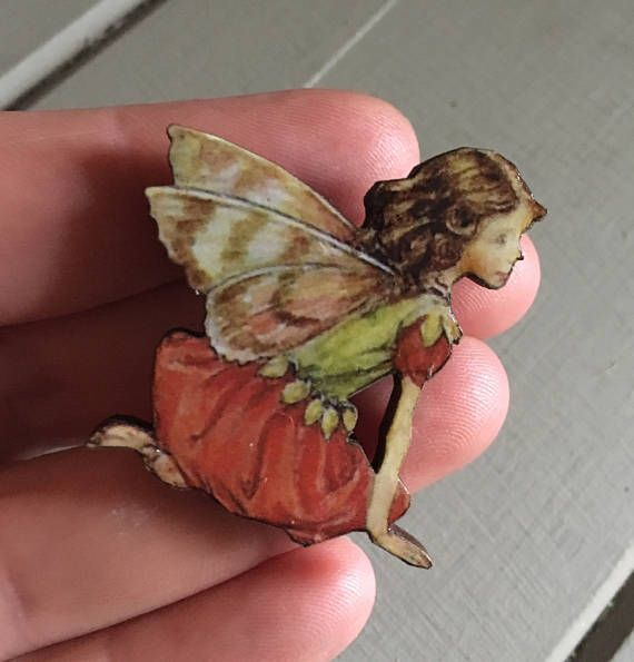 Coral A Seated Fairy Brooch