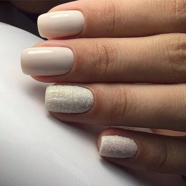 Autumn nails, Beige and pastel nails, Evening dress nails, Everyday nails, Ideas of beige nails, Medium nails, Plain nails, Pleasant nails