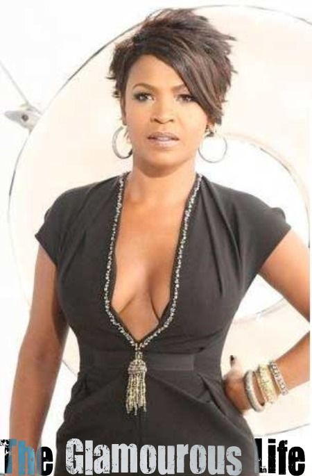 Nia Long short hair | Nia Long Has a New Hairstyle | The Glamourous Life: Celebrity Fashion ...