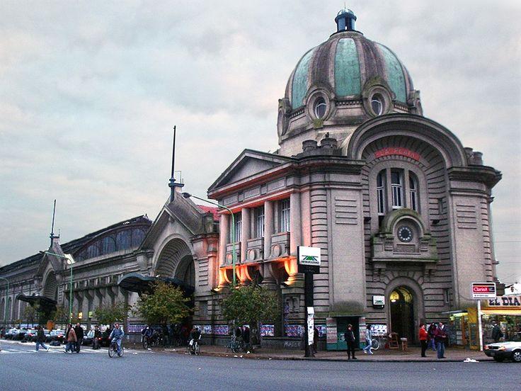 Estación de tren La Plata FFCC Roca, Buenos Aires, Argentina                                                                                                                                                      Más