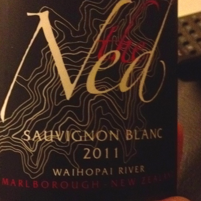 Beautiful sauvignon blanc from NZ. Lots of rounded pear flavour. Available at Waitrose & Majestic Wine Warehouse.