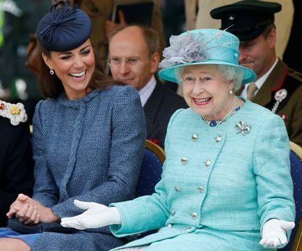 Isabel II de Inglaterra es la más activa de su familia