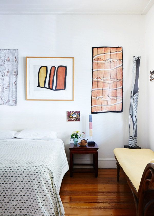 Aboriginal art in the bedroom of Australian artist Cressida Campbell  via  Valk Chuah Design Files. 95 best images about Aboriginal Art at home on Pinterest   Design