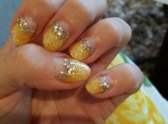 Yellow summer nails! Own polish art.