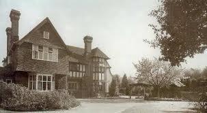 green hedges enid blyton's house
