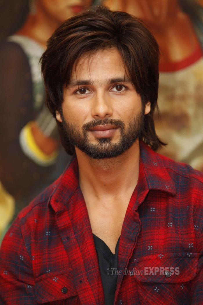 Shahid Kapoor, who plays the role of Rajkumar an aimless youth in the film, sported a heavily bearded look. However, we're sure the girls still think he's a hunk! (IE Photo: Prakash Yeram)