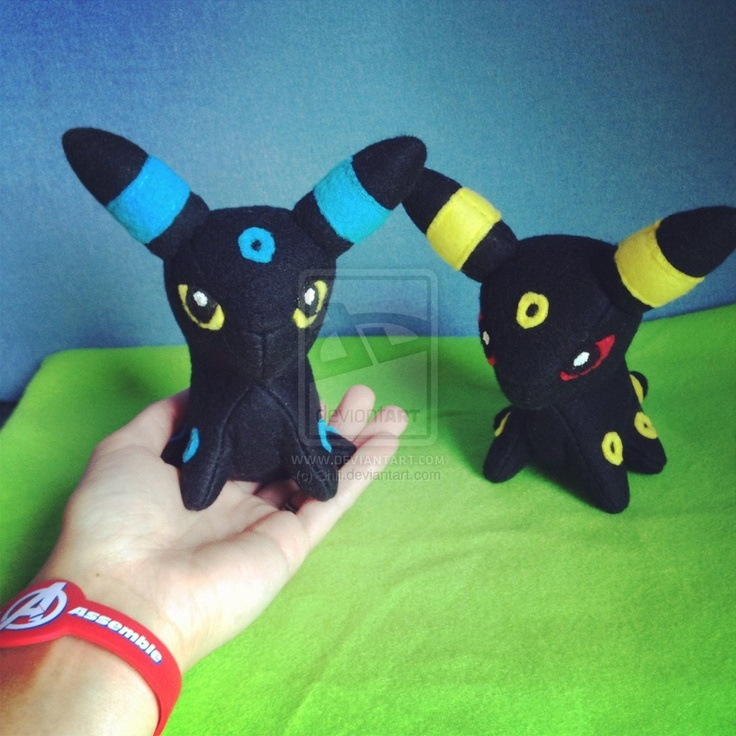 Baby Umbreon Amigurumi : Baby Umbreon Pokemon Pattern and Tutorial by Shlii ...