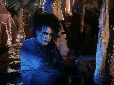 Music video by The Cure performing Lovesong. (C) 1989 Fiction Records Ltd. under exclusive licence to Polydor Ltd. (UK)