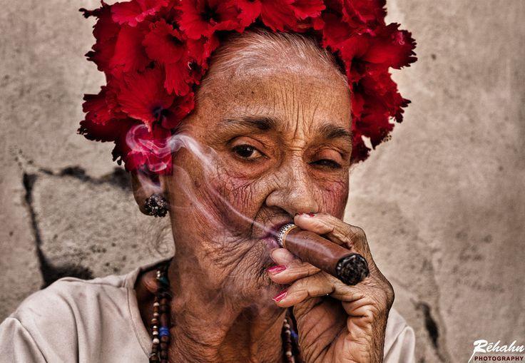 Смешные картинки бабки курят