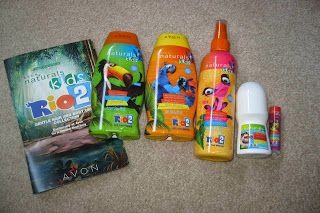 """Glimpse: Add some """"Tropics"""" to your Bathtime! ~ GIVEAWAY! (3 WINNERS!)"""