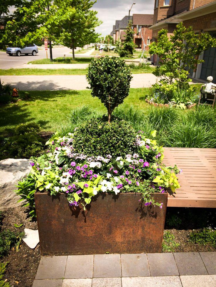 Summer urn
