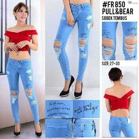 """""Ripped jeans pull&bear FR 850 Material: soft jeans Harga: 130 Size: 27-30 Order PIN CS1-5A1F32FA PIN CS2-5FI5DE72 & SMS/WA 087722-575-101  Reseller & Dropship Welcome!  Happy Shopping! :) #jamtangan #jamtanganwanita #jammurah #grosirjam #sweatercouple #flatshoes #jamtanganterbaru #resellerjamtangan #taswanita #sneakerscwe #celanajeansripped #jamtanganartis #olshop #wedgesterbaru #jaketjeans  #resellerwelcome #celanajeans #sepatubandung #overall"