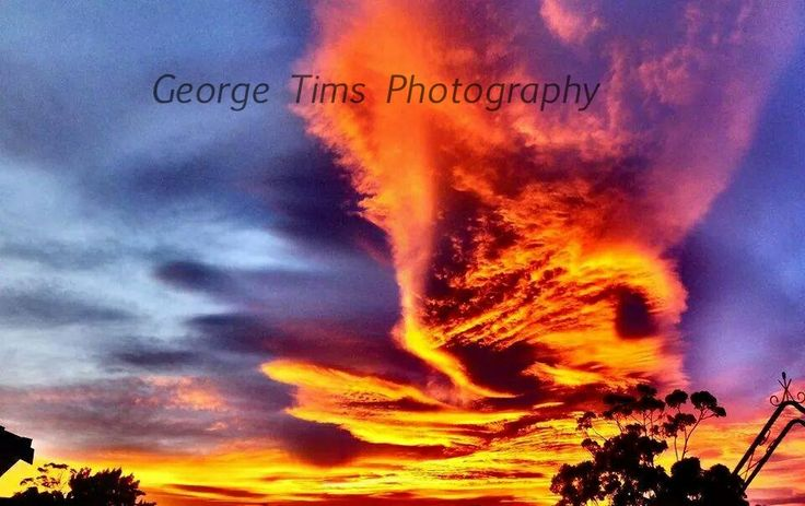 Sunrise Hobart, Tasmania  Well done to my Daddy  Another photo chosen to feature in the Mercury. I am super proud of my Dad and so grateful I get to spend quality time with him and our cameras xxxx