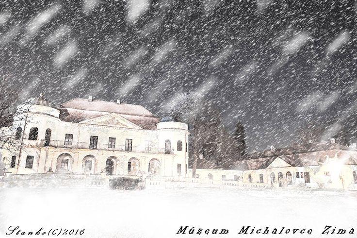 """by Stanislav Šimaľ podle tutoriálu """"Instantní sníh"""" https://youtu.be/bZnP7-8Aut4"""