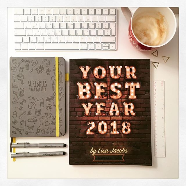Started reading my favourite book: Your Best Year 2018 by Lisa Jacobs—oohing and aahing over every page! I have been using her helpful tips and strategies for 2 years now, and I cannot express how lucky I feel that I came across it! Don't wait for January 1st to start planning: NOW is the time! For an extra bonus, read my post!!! #YBY2018 #bujoncoffee #productivity #NewYearsResolutions https://goo.gl/bJtGmG