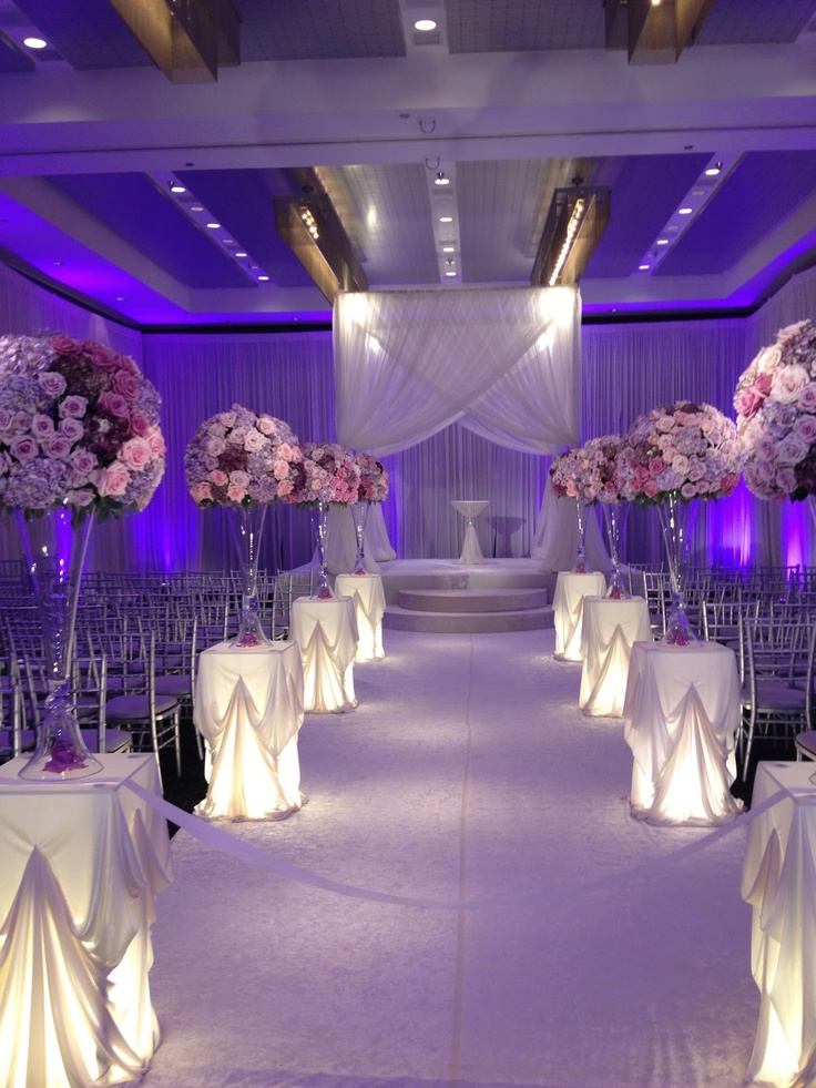 Beautiful aisle. Platinum and plum. Just gorgeous. The #Wedding Insiders www.hotelarista.com