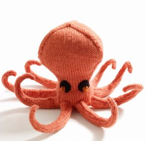 ollie- knitted octopus