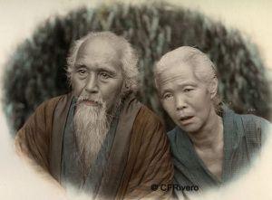 Kusakabe Kimbei (1841-1934) Japón. Pareja de ancianos japoneses. Yokohama. Albúmina iluminada. 1890