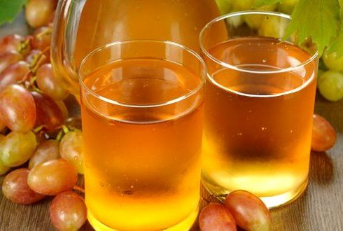 А вы уже заготовили на зиму виноградный сок? http://zagotovochkj.ru/zagotovki-na-zimu-vinogradnyj-sok.html