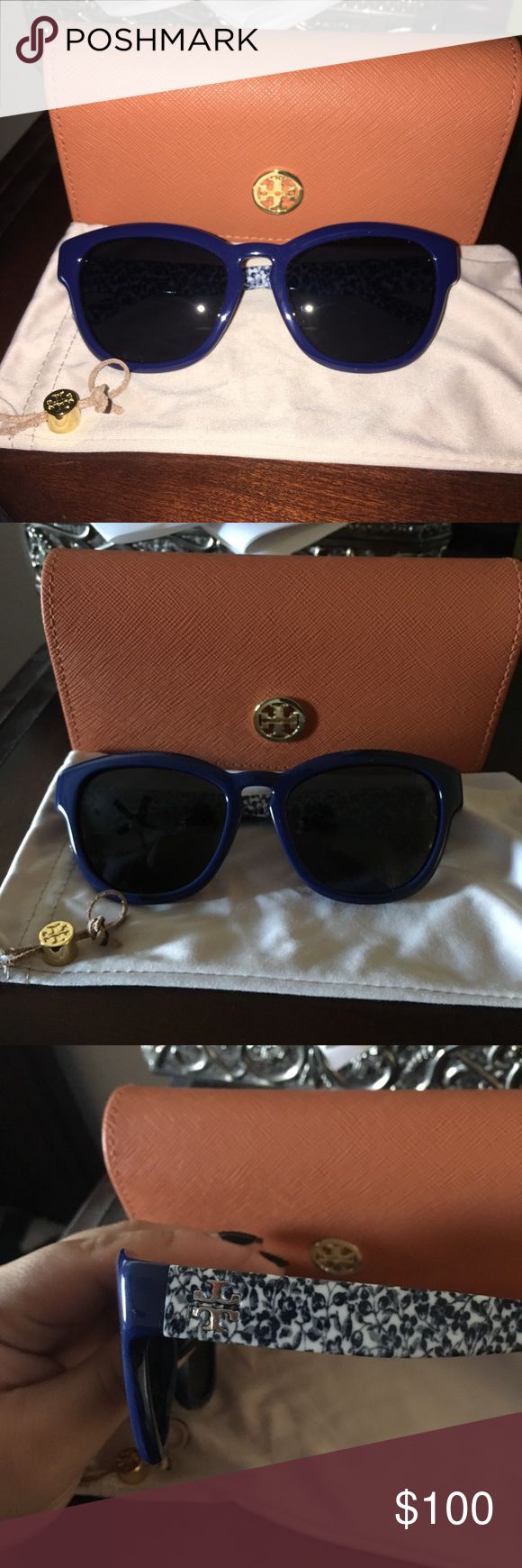 Tory Burch Sunglasses Super cute navy blue floral sunglasses! Tory Burch. These are super cute, sunglasses with a cute floral pattern on the sides with a subtle cat-eye shape. (Im modeling them in the last pic!) my mom bought these like a few years ago but never really wore them so probably never worn more than 5-8 times! Bought here in a Tory shop in Vegas! 🕶💙🌎 Tory Burch Accessories Sunglasses