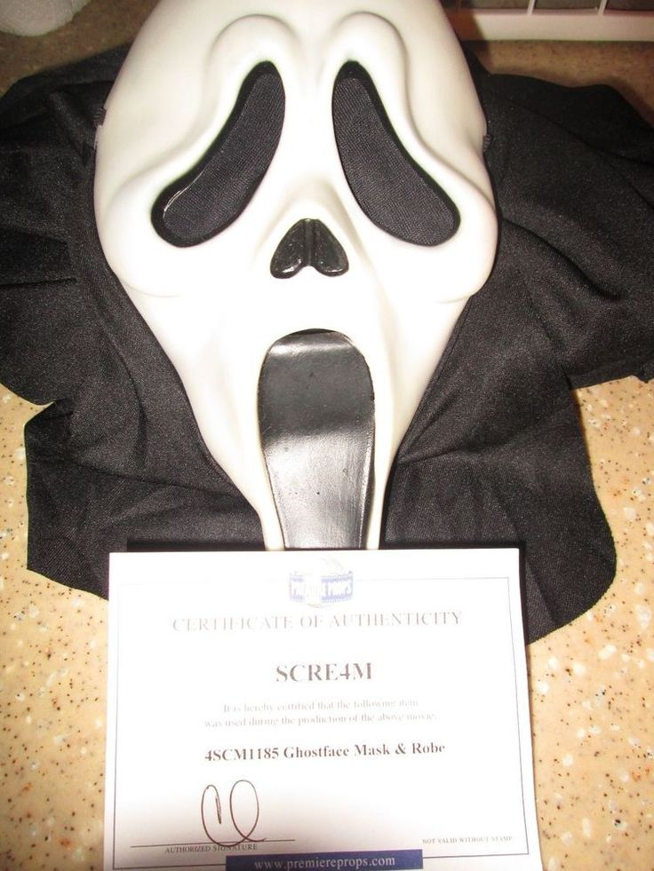 Scre4m Production Used GhostFace Costume with COA (Scream)