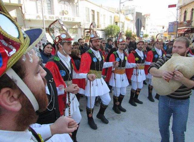 Το εθιμικό δρώμενο που τελείται σε οκτώ χωριά της Κοζάνης, εντάχθηκε στον Αντιπροσωπευτικό Κατάλογο της Άυλης Πολιτιστικής Κληρονομιάς της Ανθρωπότητας της UNESCO...