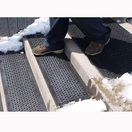 HOT-blocks Outdoor Heated Industrial Door/Landing Mat