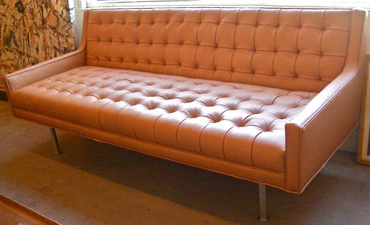 die besten 25 orange ledersofas ideen auf pinterest orange wohnzimmer sofas braunes. Black Bedroom Furniture Sets. Home Design Ideas