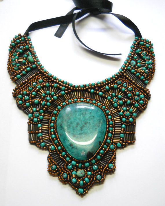 Turquoise Bronze Green Watter drop bead embroidery por AniDandelion