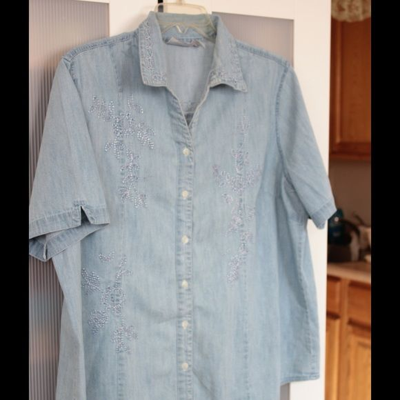 Light Blue Embroidery Denim Top This Light Blue Embroidery Denim Shirt can be used as both a Top or Jacket.  It's not only beautifully made but it's soft and comfortable. You will reach for all the time. Club Z Denim Tops Button Down Shirts