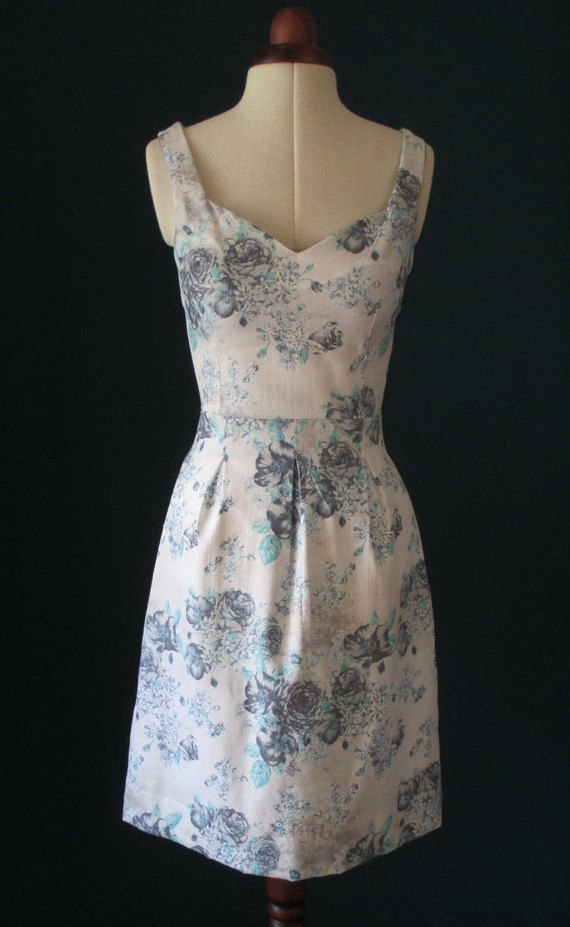 Summer dress floral dress blue florals day dress by Valdenize